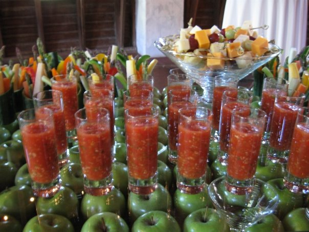 Unique wedding reception ideas a venues perspective unique food ideas junglespirit Images